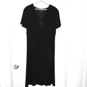 Jones Wear Black Dress . Size 16